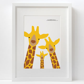 normal_giraffe-family-selfie-print