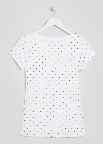 short-sleeve-polka-dot-t-shirt